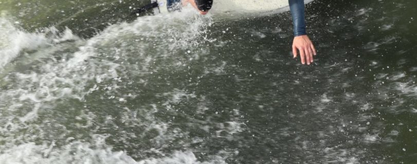 Riverflow | Landlocked Surftherapy